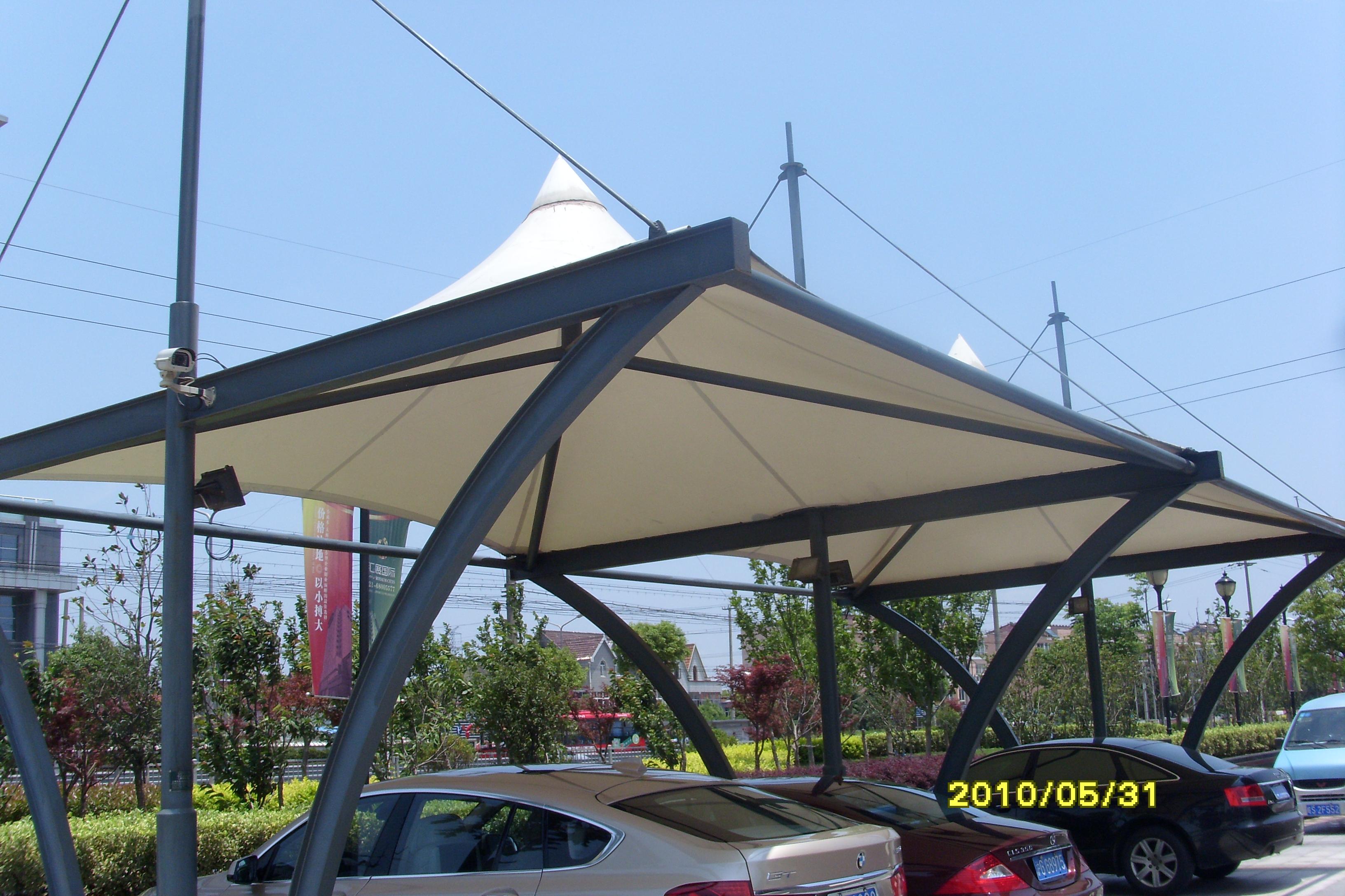 东龙拉链 膜结构汽车棚 停车棚