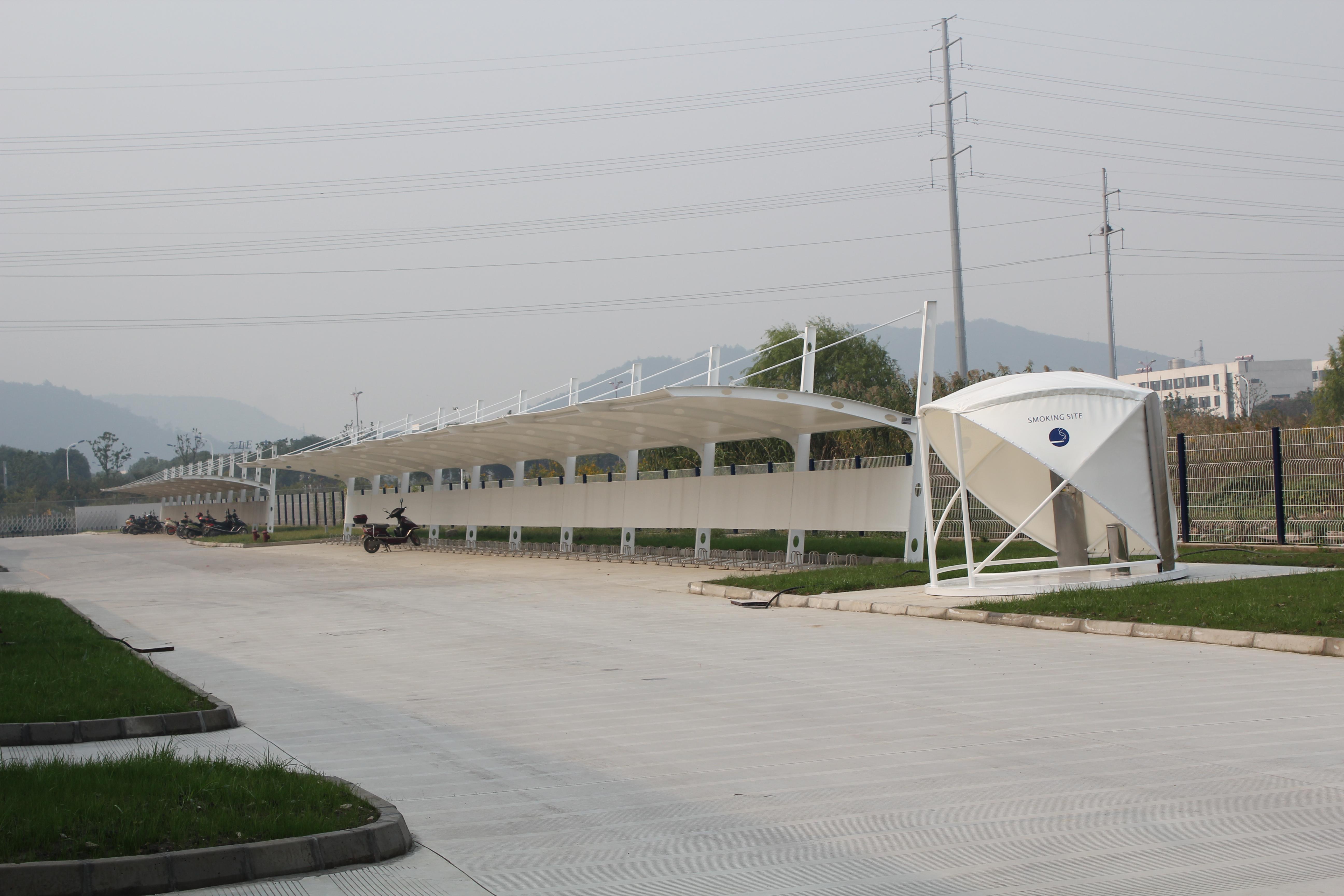 所有球形膜结构吸烟亭鼻祖 苏州川崎工厂球形吸烟亭