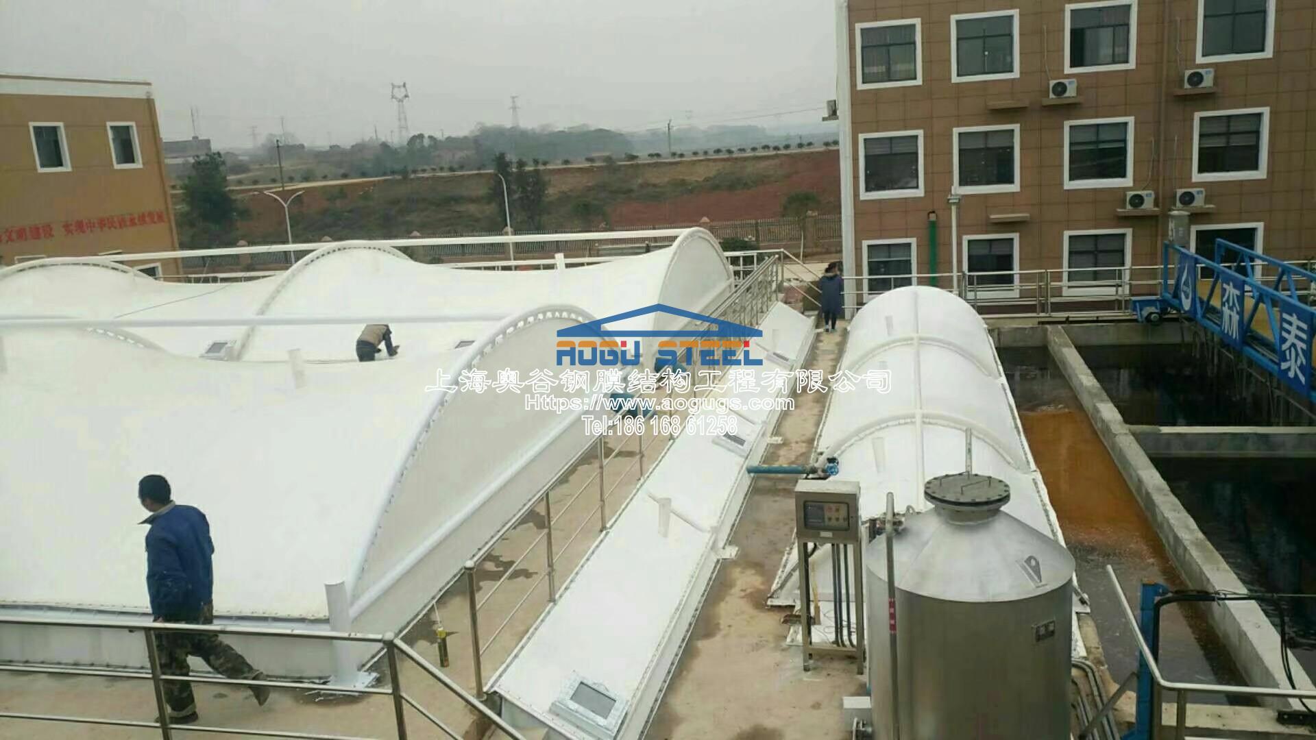 污水厂污水池加盖工程施工现场