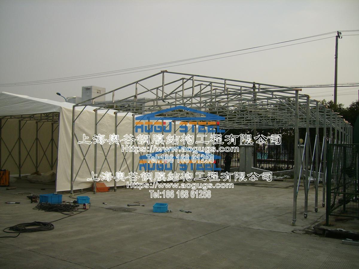 大众汽车厂 伸缩推拉雨篷 施工案例PB230409.JPG