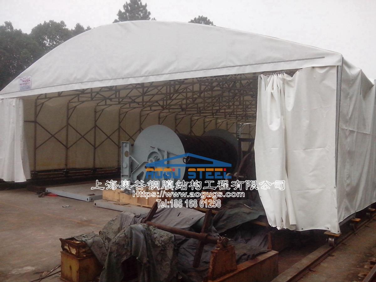 工业设备用伸缩活动推拉雨篷罩产品演示图3